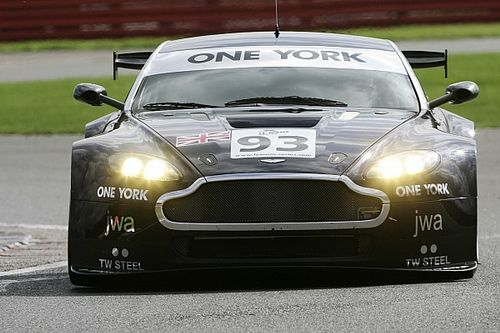 Have a go hero: When an F1 stalwart floundered in an underbaked Aston