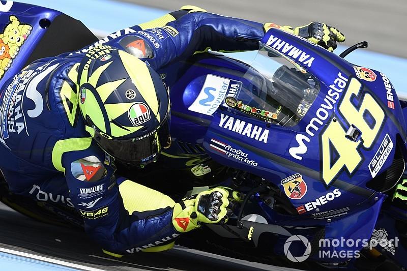 Albon se inspira en Valentino Rossi para elegir su número en F1
