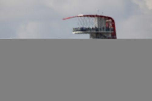 Mercedes domina la FP1 de Austin con Bottas y Hamilton
