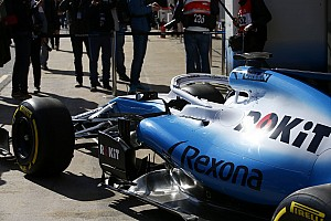 Williams нарешті привезла болід FW42 на тести в Барселоні