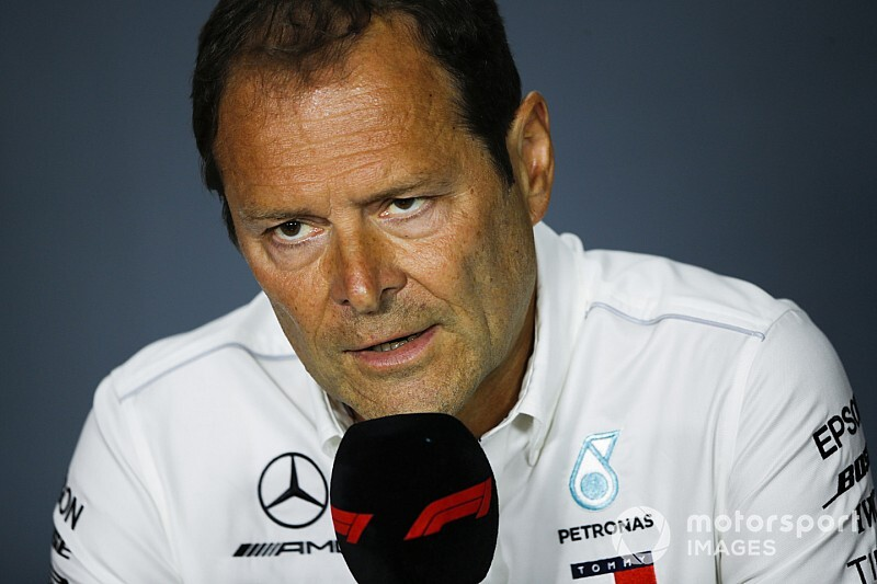 У Mercedes взяли під контроль початкові проблеми двигуна 2019 року