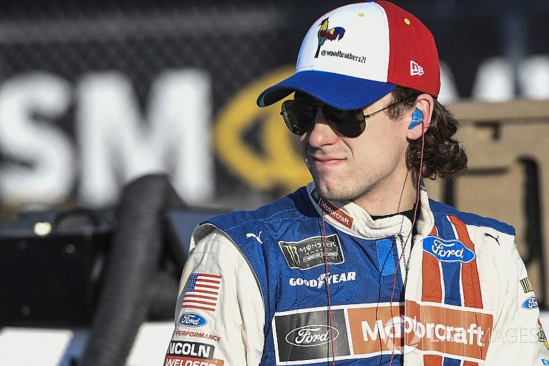 Ryan Blaney tops final practice at Kansas