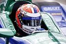 IndyCar Com pista molhada, Rossi garante pole em Detroit