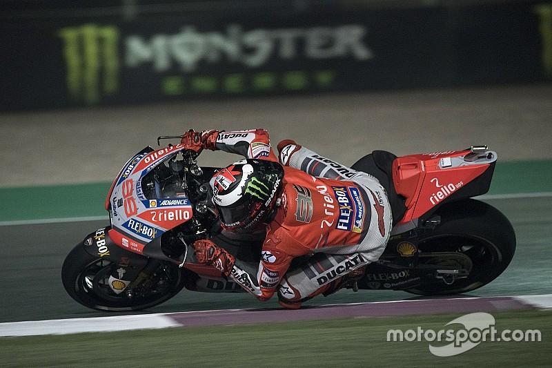 """Lorenzo : """"J'ai dû sauter de la moto pour éviter de heurter le mur"""""""