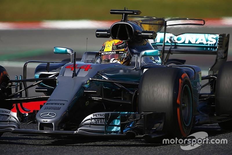 Хэмилтон показал лучшее время во второй сессии в Барселоне