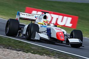 Fórmula V8 3.5 Relato da corrida Novato, Palou vence prova 2 em Nurburgring; Pietro é 6º
