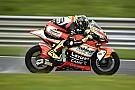Moto2 Baldassarri glibbert naar P1 in warm-up vol crashes