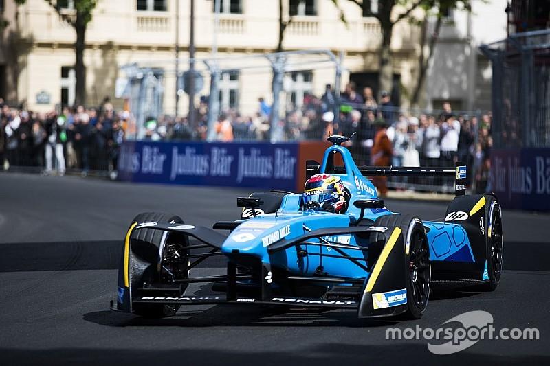 В Renault продлили контракты с Буэми и Простом до 2019 года