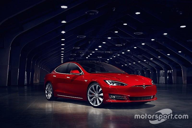 Tesla Model S krijgt facelift en raakt zijn grille kwijt