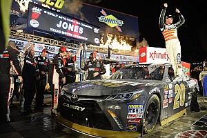 NASCAR XFINITY Relato da corrida Erik Jones faz grande prova e confirma domínio no Texas