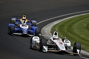 IndyCar Verslag vrije training Castroneves snelste in laatste training voor Indy 500
