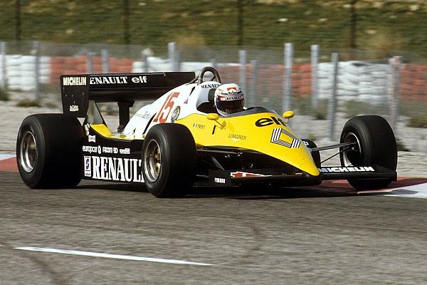 Желтые и не очень. Все машины Renault в Формуле 1