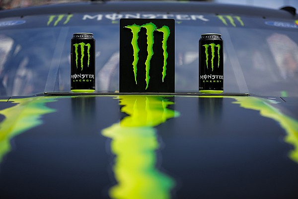 NASCAR Monster brings MMA to the midway