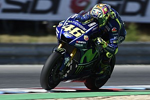 MotoGP Laporan tes Tes MotoGP Brno: Rossi tercepat, Marquez kedua