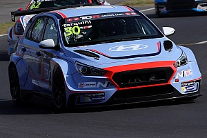 TCR Qualifiche Magnifica pole position di Tarquini nel TCR Trophy Europe di Adria