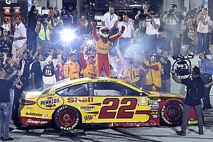 Логано впервые стал чемпионом NASCAR Cup