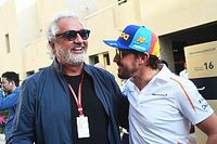 """Briatore: """"Renault, Enstone'daki şasi fabrikasını güçlendirmeli"""""""