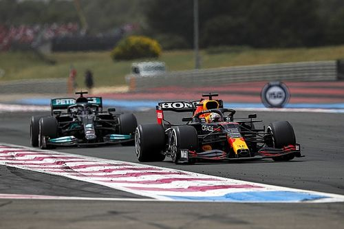 GP Francia: Verstappen beffa Hamilton nel finale