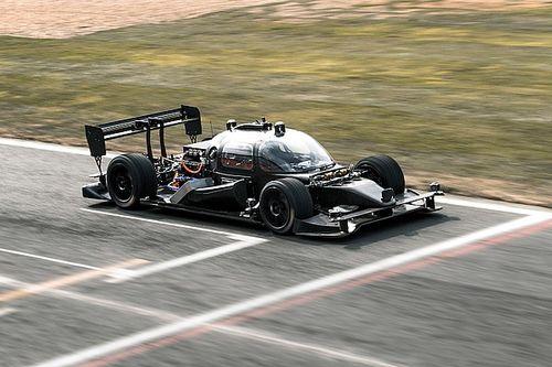 """السيارة ذاتية القيادة """"ديف بوت"""" ستظهر في اختبار علنيّ للمرة الأولى هذا الأسبوع"""