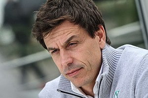 Formula 1 Breaking news Wolff not keen on replacing Rosberg with big-name driver