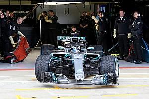 Галерея: новий Mercedes W09 на трасі