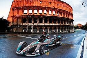 فورمولا إي أخبار عاجلة سيارات الفورمولا إي الجديدة قادرة على كسر عتبة 300 كيلومتر في الساعة