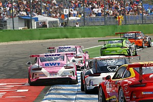 Vom Computer ins Renncockpit: Porsche startet digitalen Carrera-Cup