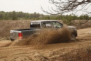 Джип-спринт: Вийти сухим із піску (Частина 2)