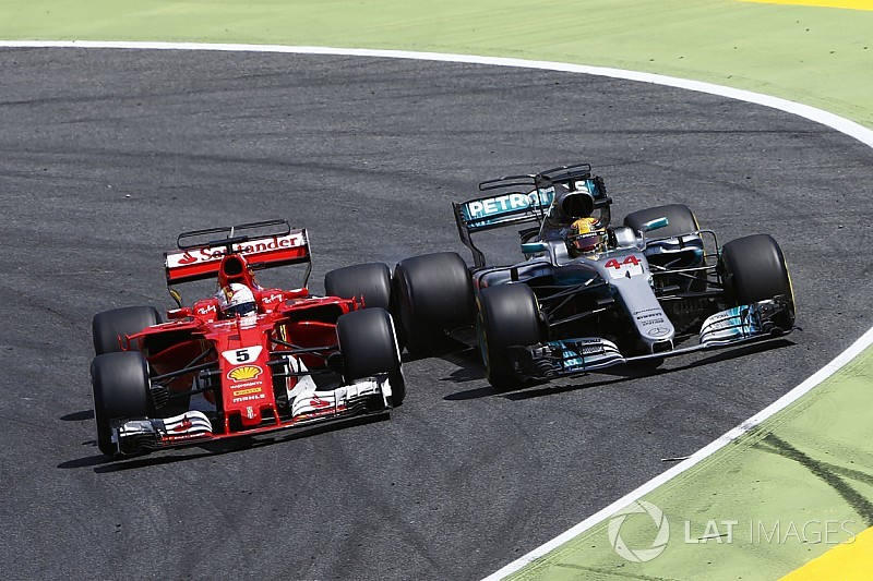 Photos - Le film du duel Hamilton/Vettel