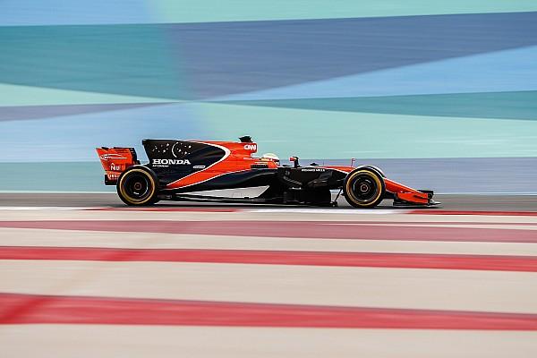 Формула 1 Важливі новини Баттон: Тести боліда 2017 року у Бахрейні були б «марними»