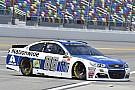 NASCAR Cup Dale Earnhardt Jr. conquista la pole per la Daytona Cup Race