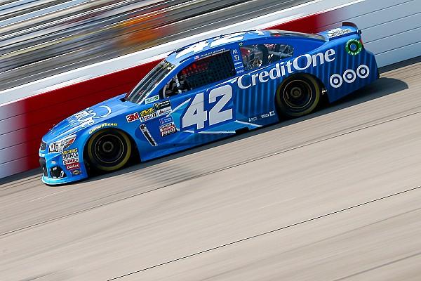 NASCAR XFINITY Reporte de la carrera Larson vence en Richmond en la Xfinity por tiempo