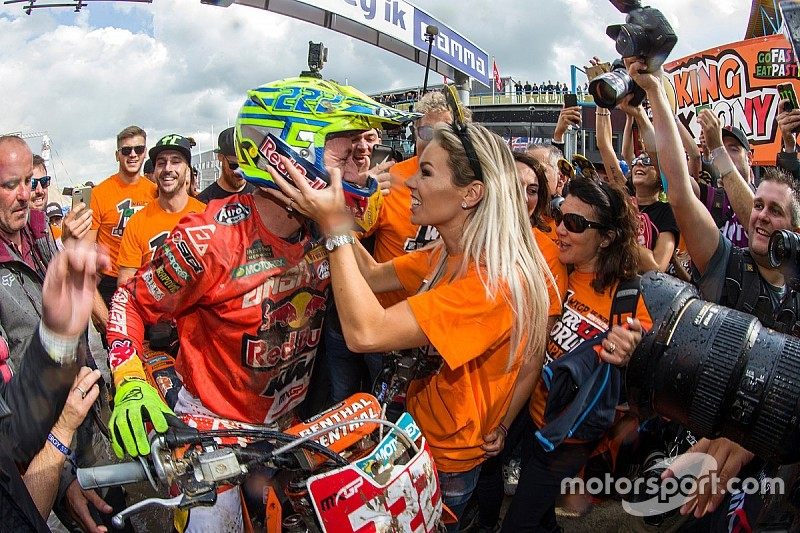 La Red Bull regala un test di Formula 1 a Tony Cairoli!