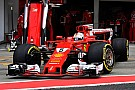 Ferrari se arriesga al