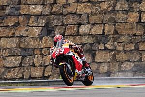 MotoGP Репортаж з практики Гран Прі Арагону: Маркес очолив розминку