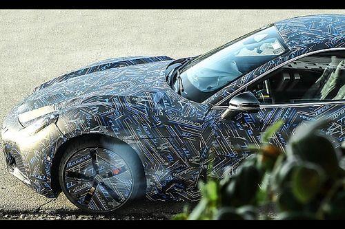 La Maserati GranTurismo elettrica si fa vedere su strada (camuffata)