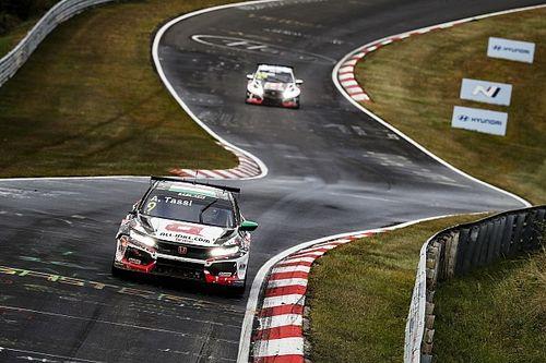 Újabb Lynk & Co 1-2, Tassi ismét dobogós a WTCR 2. nürburgringi futamán