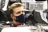 Mick Schumacher asumió una cuarentena para hacerse el asiento
