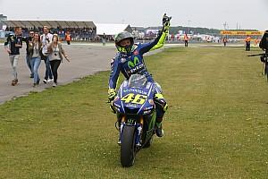 MotoGP Breaking news GALERI: Selebrasi kemenangan ke-10 Rossi di Assen