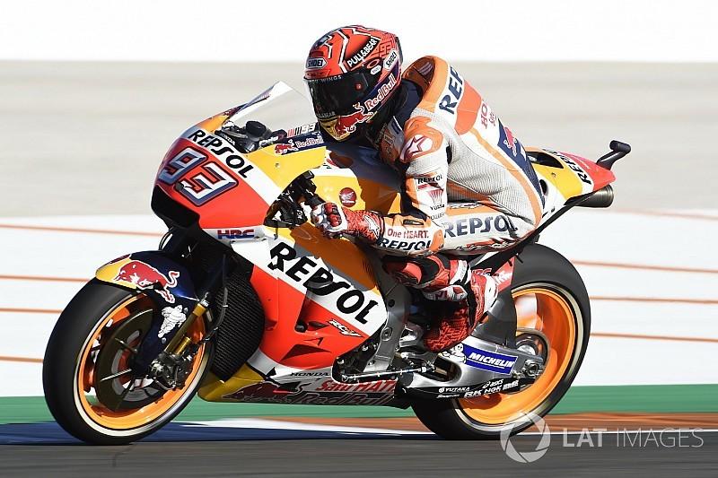 MotoGPバレンシア:ペドロサ優勝、マルケス王者に輝く。ドヴィ転倒