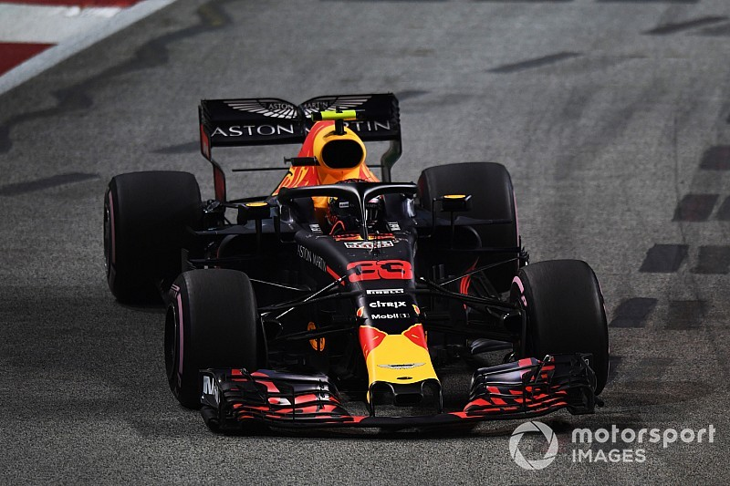 Verstappen se quedó sin pole por un fallo del motor