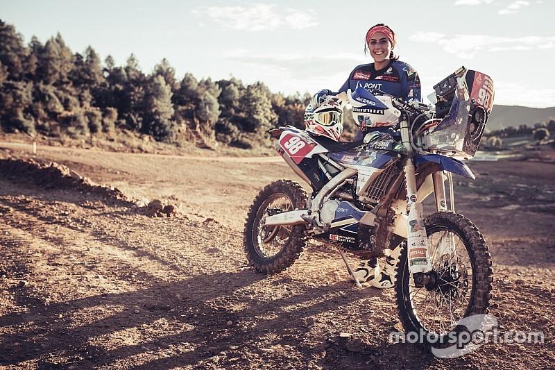 Жінка на мотоциклі прагне «створити історію» на Дакарі-2019