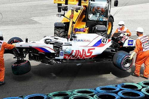 """Steiner fed up with """"too frequent and too heavy"""" Haas F1 crashes"""