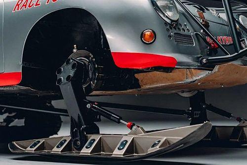 Antarktiszi expedícióra indul egy sítalpakkal felszerelt Porsche 356