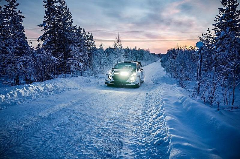 Valtteri Bottas ya se ha estrenado al volante del Ford Fiesta del WRC