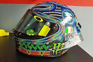 MotoGP Самое интересное Росси проведет зимние тесты в шлеме в индейском стиле