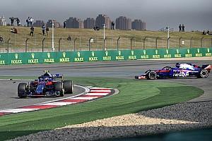 Forma-1 Pletyka Németországban Vettel elleni összeesküvést sejtenek a két Toro Rosso kiesése mögött