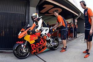 MXGP Noticias Vídeo: el campeón de motocross que probó una KTM de MotoGP