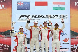 Formula 4 SEA Race report F4/SEA Buriram: Salip 8 mobil, Presley juarai Race 5