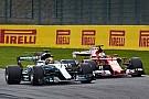 Hamilton punge Vettel: